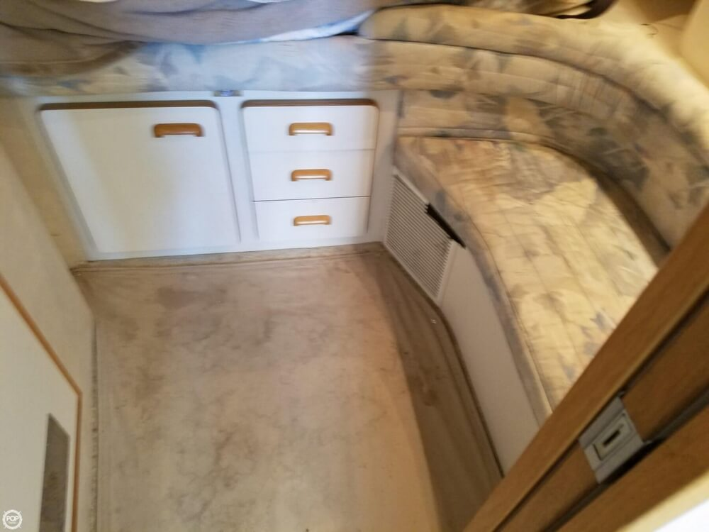 1994 Sea Ray boat for sale, model of the boat is 440 Express Bridge & Image # 12 of 40