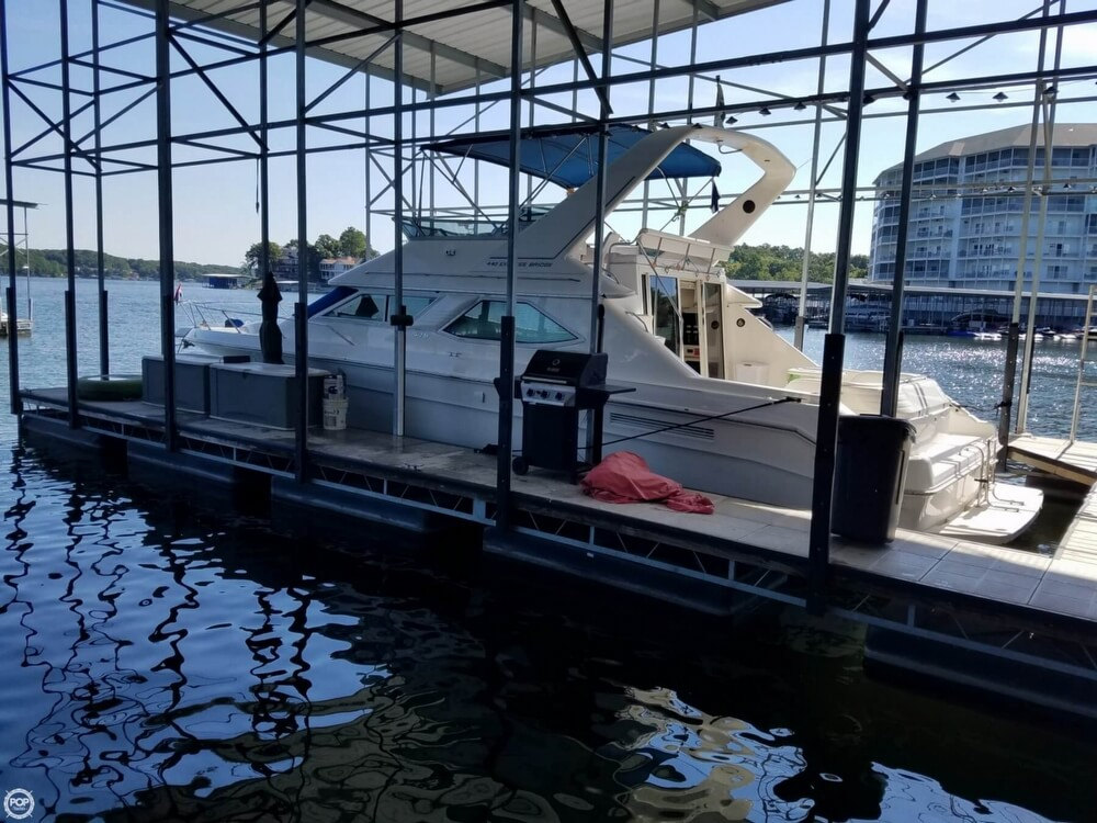 1994 Sea Ray boat for sale, model of the boat is 440 Express Bridge & Image # 16 of 40
