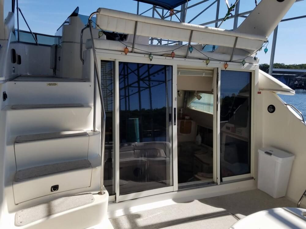 1994 Sea Ray boat for sale, model of the boat is 440 Express Bridge & Image # 24 of 40