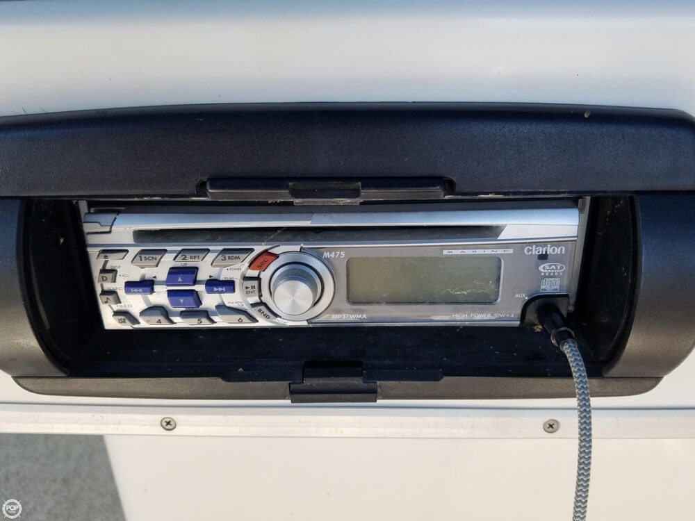 1994 Sea Ray boat for sale, model of the boat is 440 Express Bridge & Image # 35 of 40