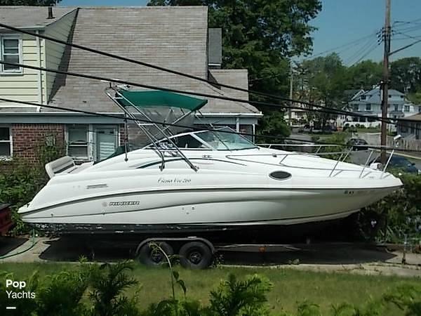 1997 Rinker boat for sale, model of the boat is FIESTA VEE 266 & Image # 2 of 40