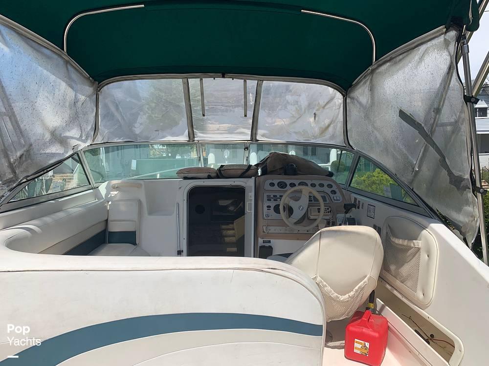 1997 Rinker boat for sale, model of the boat is FIESTA VEE 266 & Image # 24 of 40