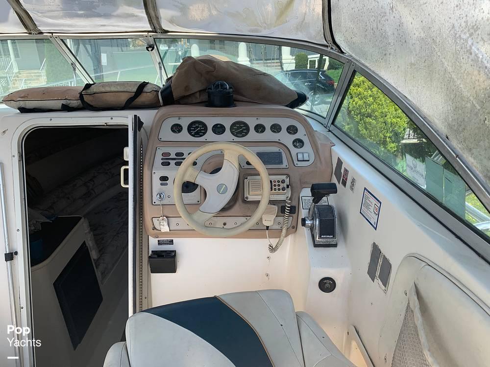 1997 Rinker boat for sale, model of the boat is FIESTA VEE 266 & Image # 32 of 40