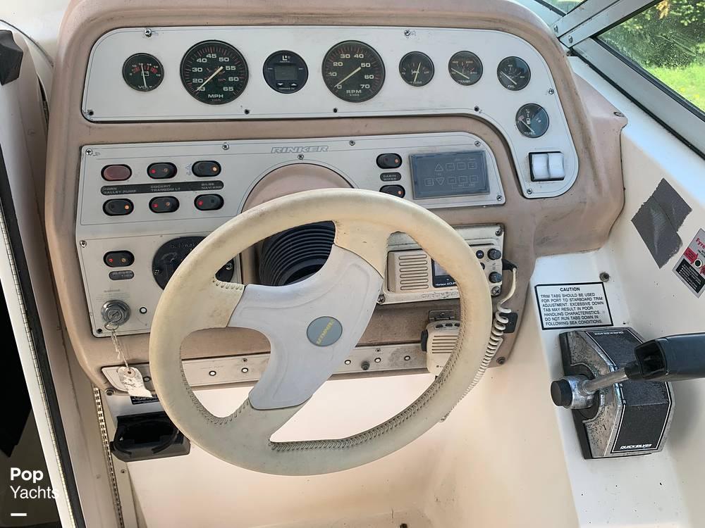 1997 Rinker boat for sale, model of the boat is FIESTA VEE 266 & Image # 35 of 40
