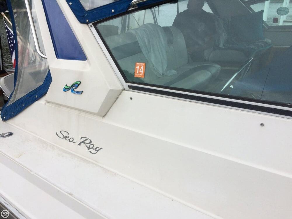 1987 Sea Ray 39 - Photo #21
