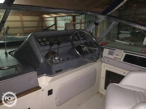 1989 Cruisers 32 - Photo #14