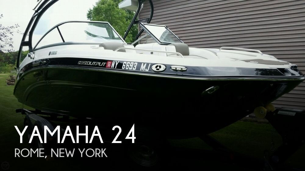 2013 Yamaha 24 - Photo #1
