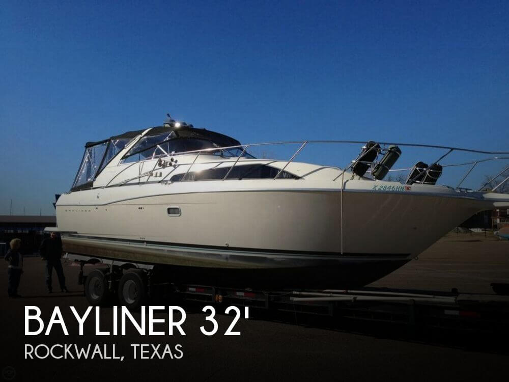 1995 Bayliner 32 - Photo #1