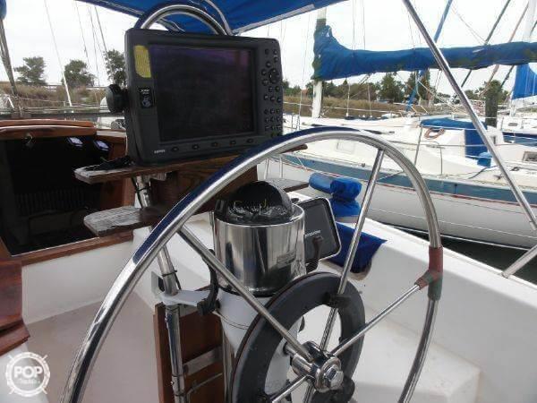 1987 Catalina 34 - Photo #6