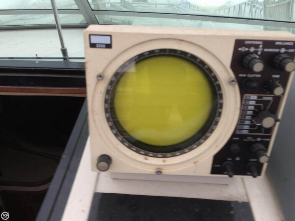 1987 Regal boat for sale, model of the boat is Commodore 360 XL & Image # 12 of 41