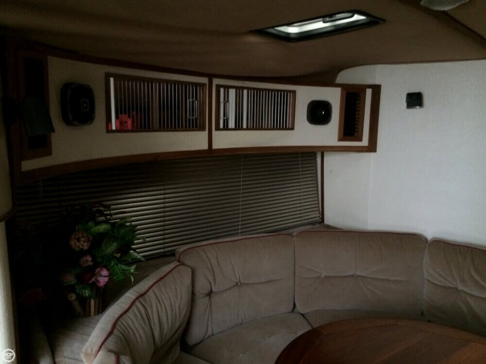 1987 Regal boat for sale, model of the boat is Commodore 360 XL & Image # 31 of 41
