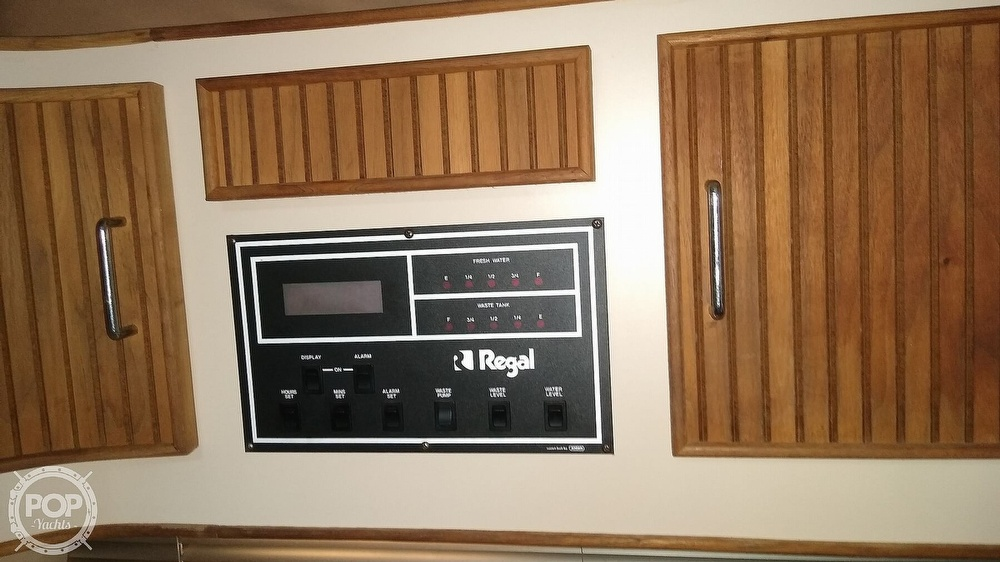 1987 Regal boat for sale, model of the boat is Commodore 360 XL & Image # 11 of 40