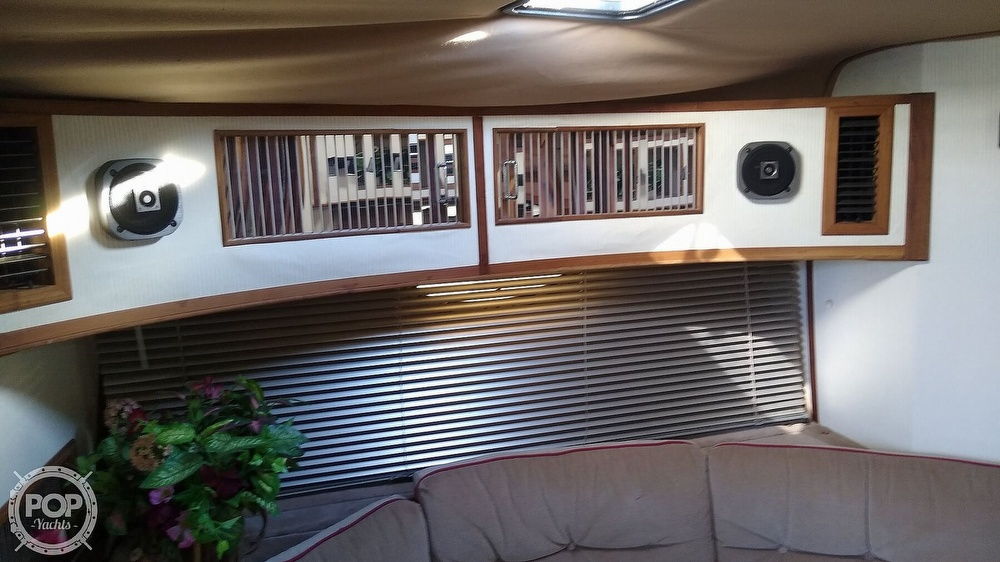 1987 Regal boat for sale, model of the boat is Commodore 360 XL & Image # 2 of 40