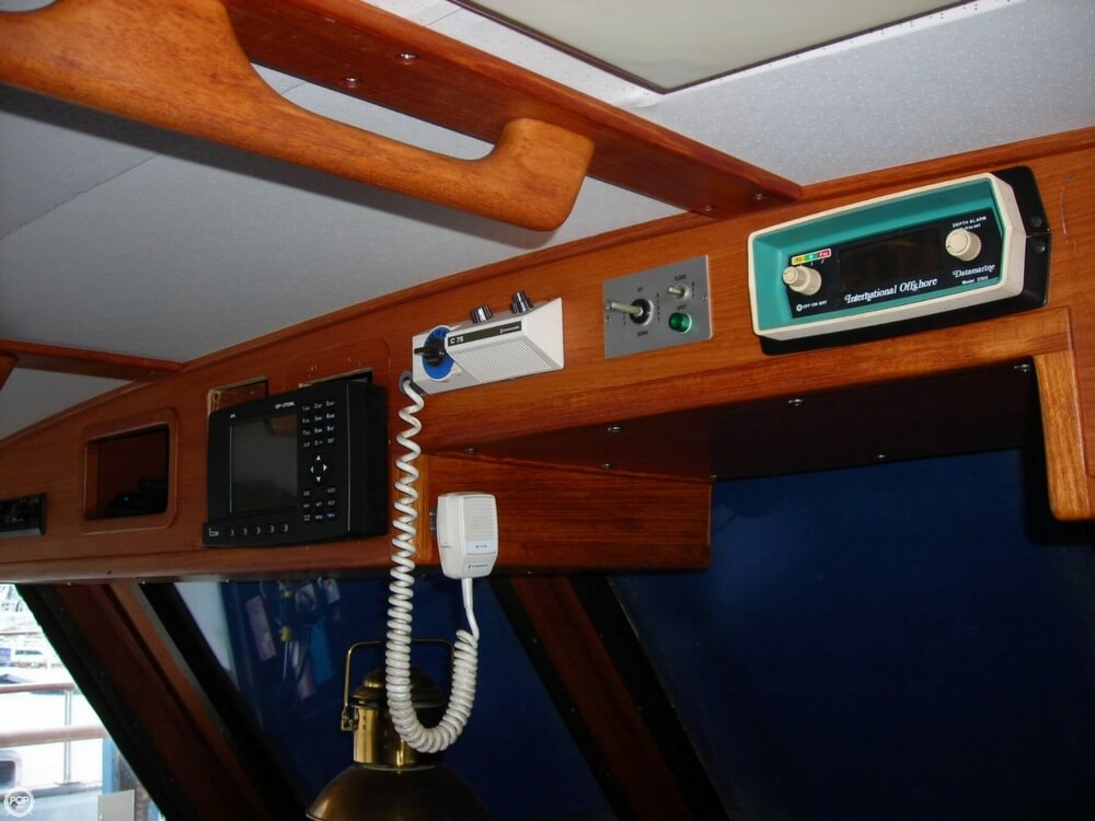 1979 Gulfstar 44 - Photo #5