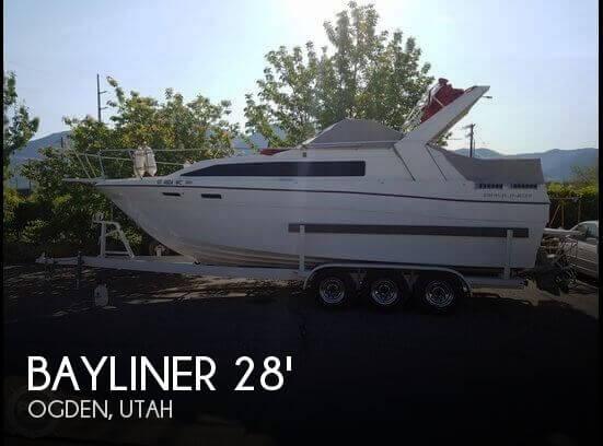 1985 Bayliner 28 - Photo #1