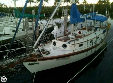 Herreshoff H-28, 34', for sale - $19,000