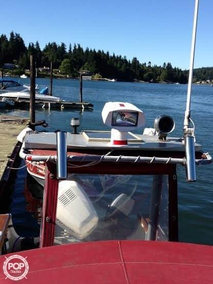 1989 Boston Whaler boat for sale, model of the boat is 22 Cuddy Cabin & Image # 8 of 12