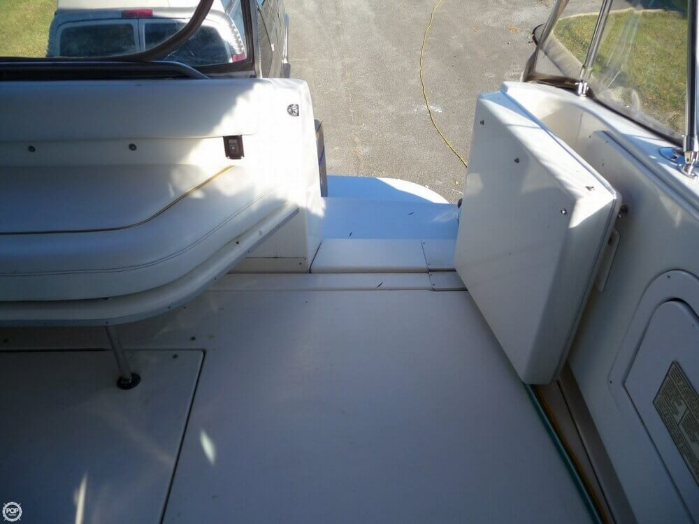 1996 Sea Ray boat for sale, model of the boat is 450 Sundancer & Image # 37 of 40