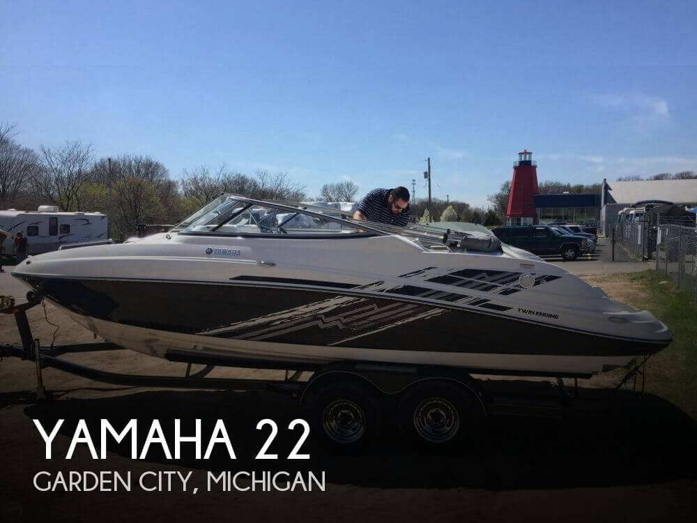 Used Ski Boats For Sale in Michigan by owner | 2008 Yamaha 22