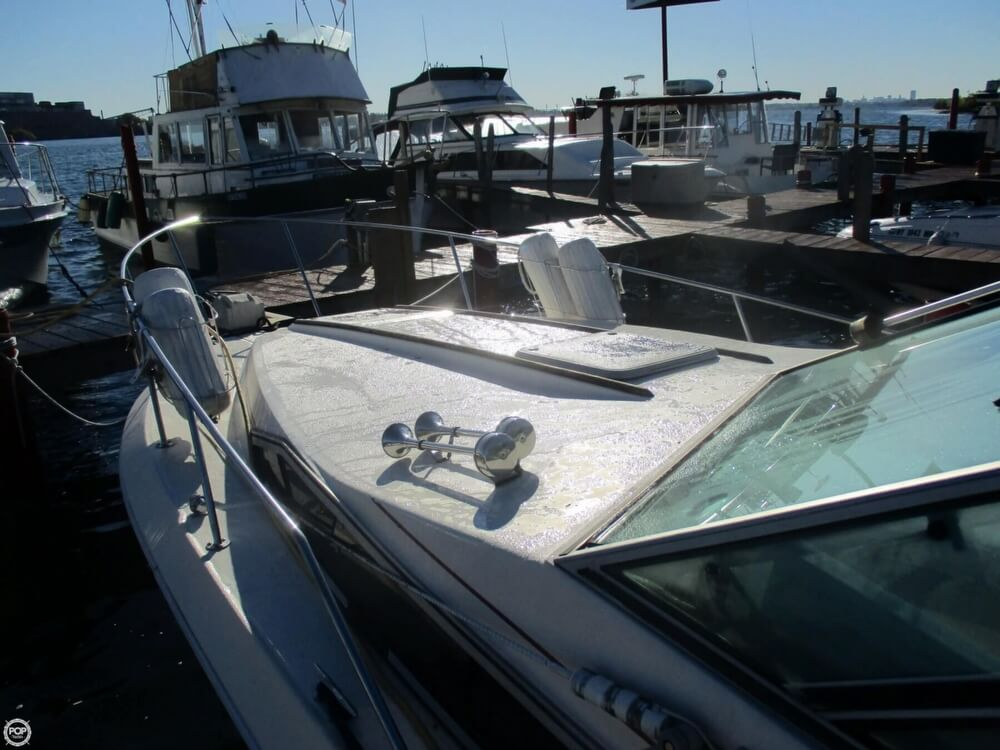1985 Sea Ray boat for sale, model of the boat is 270 Sundancer & Image # 8 of 42