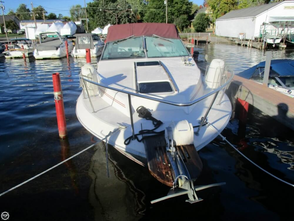 1985 Sea Ray boat for sale, model of the boat is 270 Sundancer & Image # 38 of 42