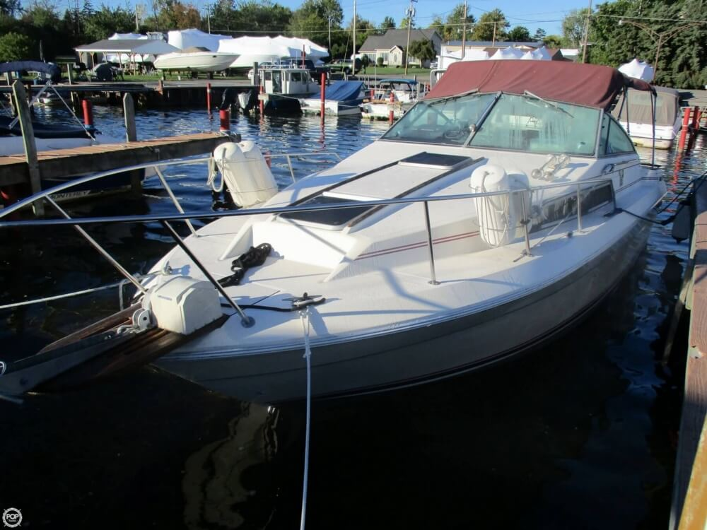 1985 Sea Ray boat for sale, model of the boat is 270 Sundancer & Image # 39 of 42