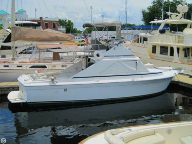 Chris-Craft Commander Sports Express 31, 33', for sale - $18,900