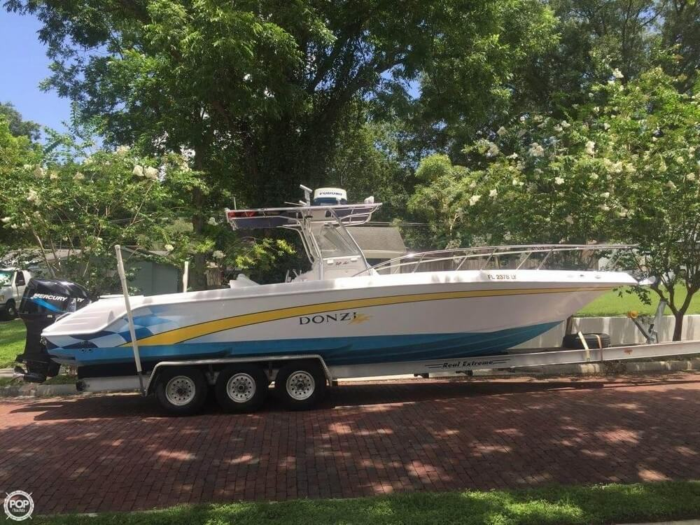 Sold donzi 32 zf boat in lakeland fl 110027 2001 donzi 32 zf 1 swarovskicordoba Image collections