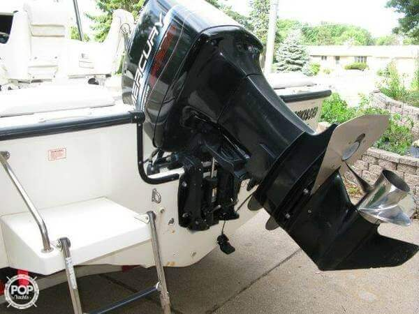 1998 Boston Whaler 20 - Photo #6