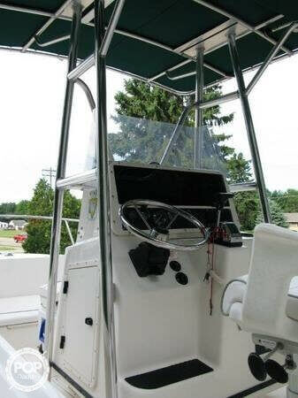 1998 Boston Whaler 20 - Photo #7