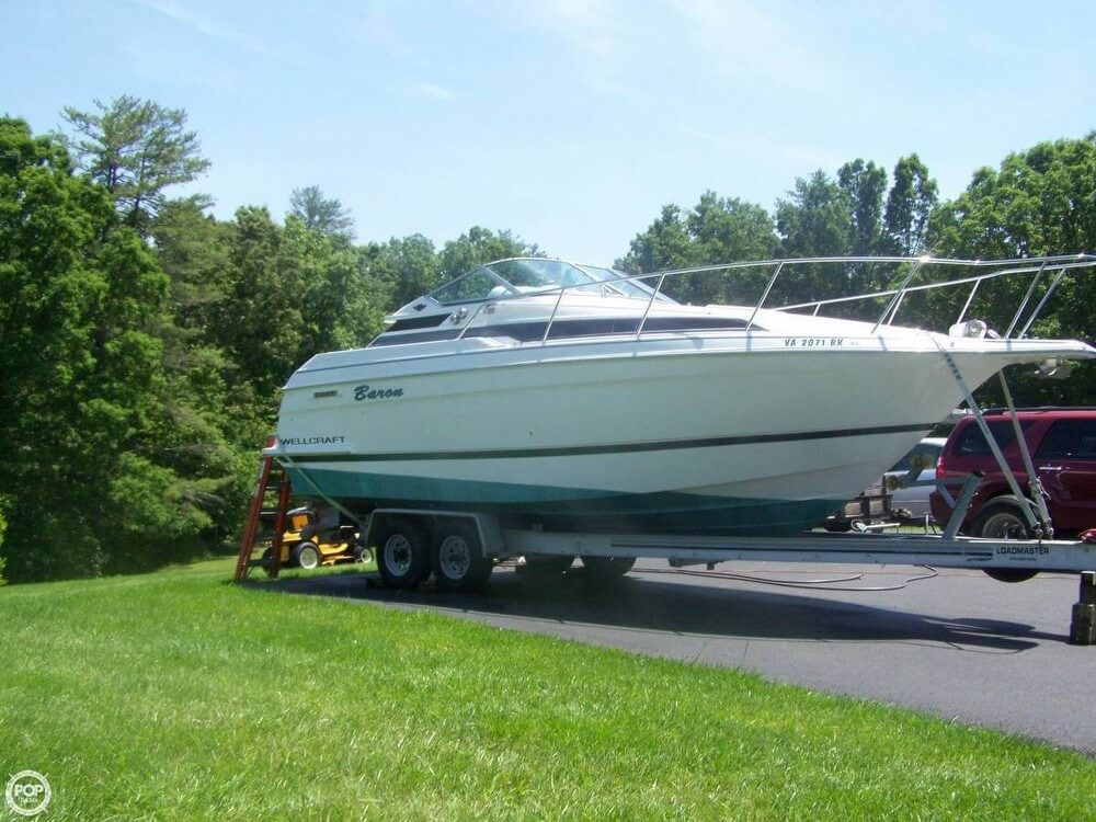 1995 WELLCRAFT 28 for sale