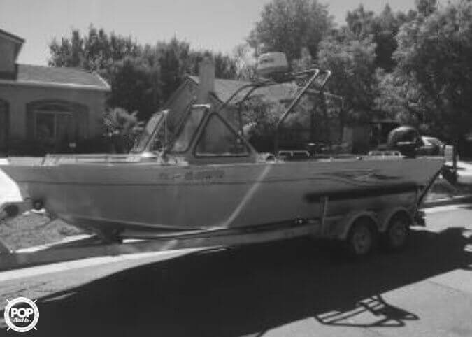 2013 Smoker Craft boat for sale, model of the boat is 202 Phantom Offshore & Image # 3 of 25
