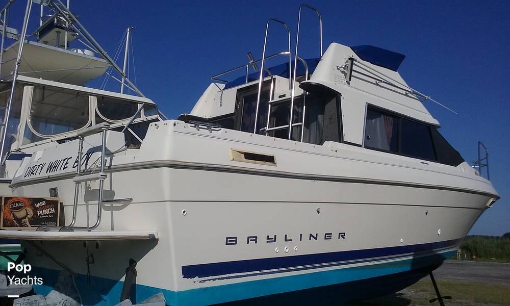 1994 Bayliner boat for sale, model of the boat is Cierra 2566 & Image # 10 of 22