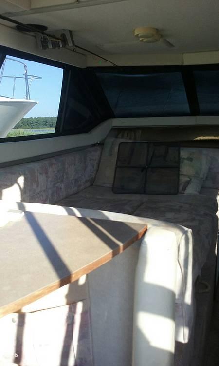 1994 Bayliner boat for sale, model of the boat is Cierra 2566 & Image # 12 of 22