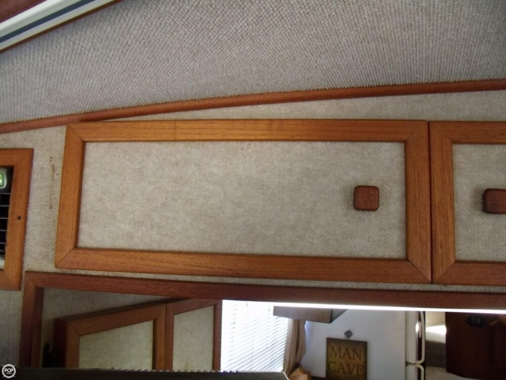 1989 Harbor Master boat for sale, model of the boat is Coastal 450 & Image # 21 of 40