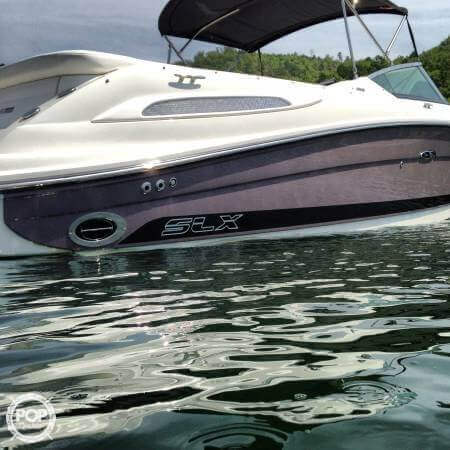 2008 Sea Ray 270 SLX Bowrider - image 2