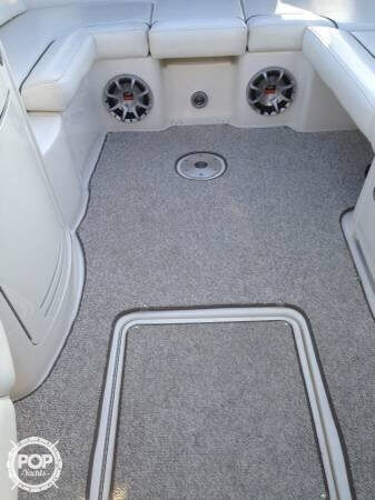 2008 Sea Ray 270 SLX Bowrider - image 11