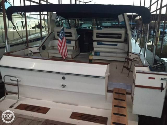1987 Sea Ray 39 - Photo #18