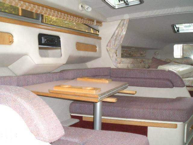 1993 Sea Ray 30 - Photo #5