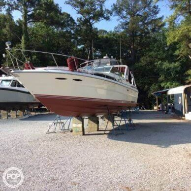 Sea Ray 340 Sundancer, 33', for sale - $17,000