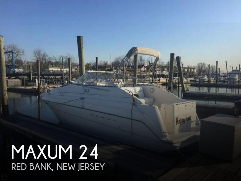 24 foot maxum 24 24 foot motor boat in red bank nj for Used outboard motors nj