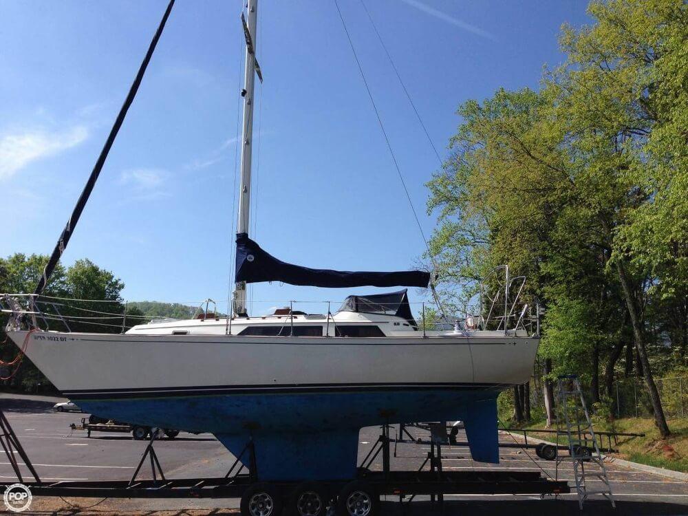 1984 C & C Yachts 35 - Photo #1