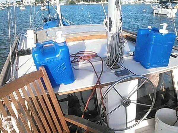 1978 Nauticat 33 - Photo #6