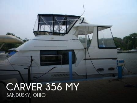 Used Boats For Sale in Cleveland, Ohio by owner | 2001 Carver 39