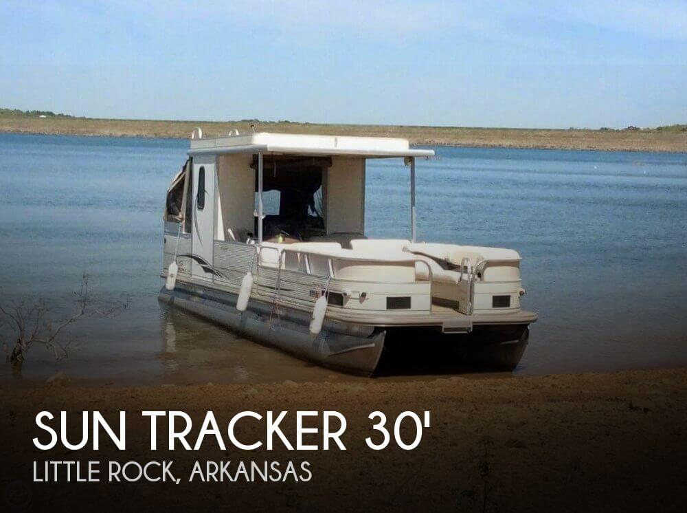 Used Pontoon Boats For Sale in Arkansas by owner | 2006 Sun Tracker 30