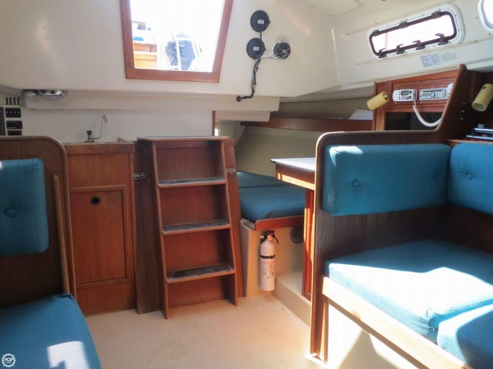 1978 C & C Yachts 29 - Photo #4