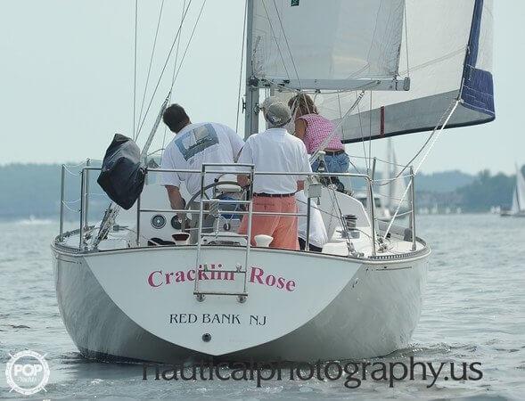 1978 C & C Yachts 29 - Photo #3