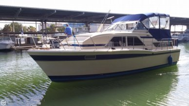 Chris-Craft 350 Catalina, 35', for sale - $26,000