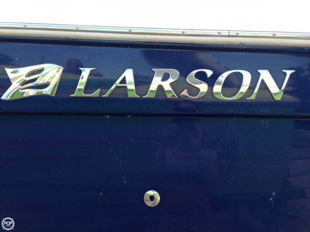 2011 Larson 28 - Photo #16