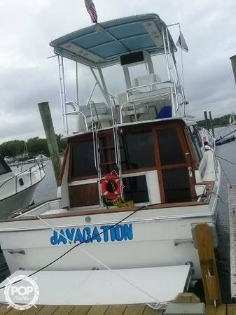 1987 Bayliner 33 - Photo #8